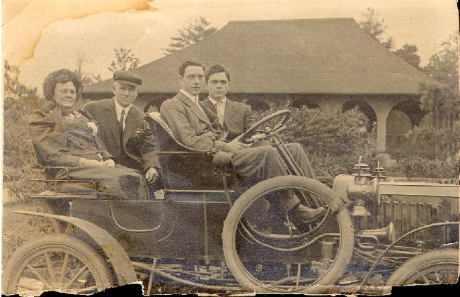 The Daniels Family in a 1909 Stanley Steamer