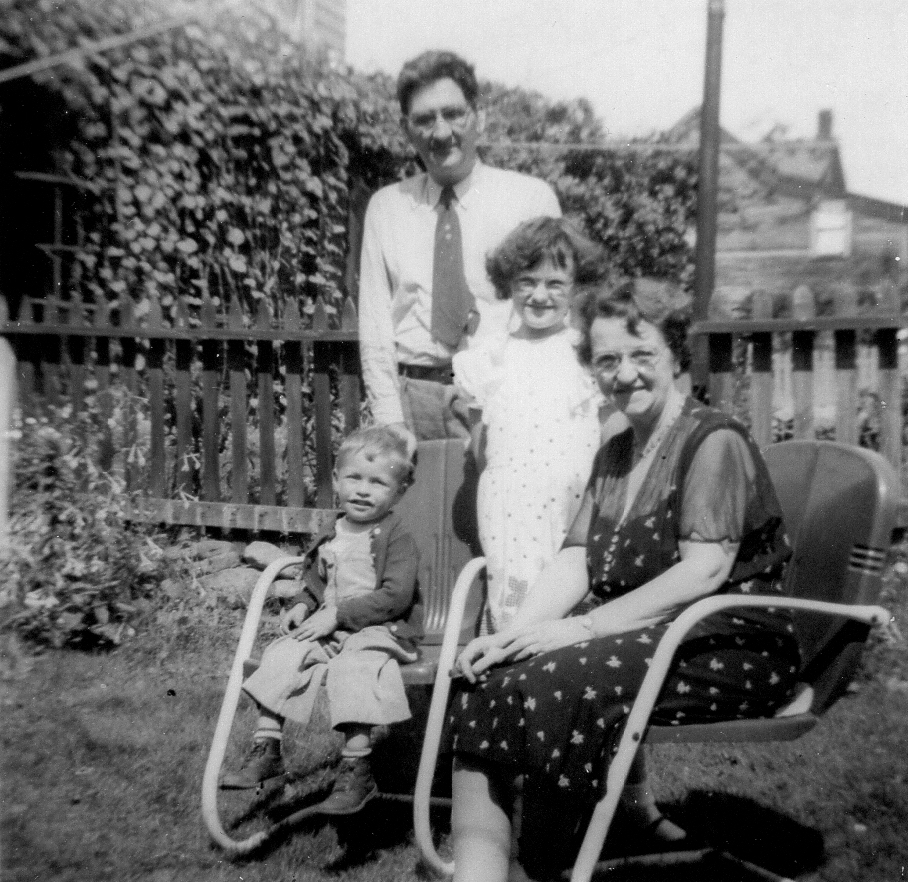 Left to Right: An unknown boy, Albert Thorpe, Ann Thorpe, Alice Thorpe